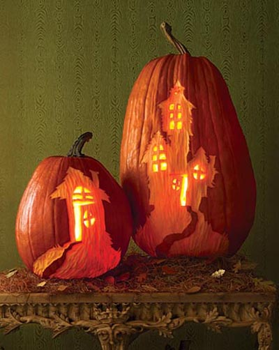 haunted-house-pumpkin-carving