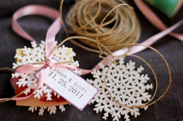 creative-wedding-favor-ideas-handmade-bath-soaps