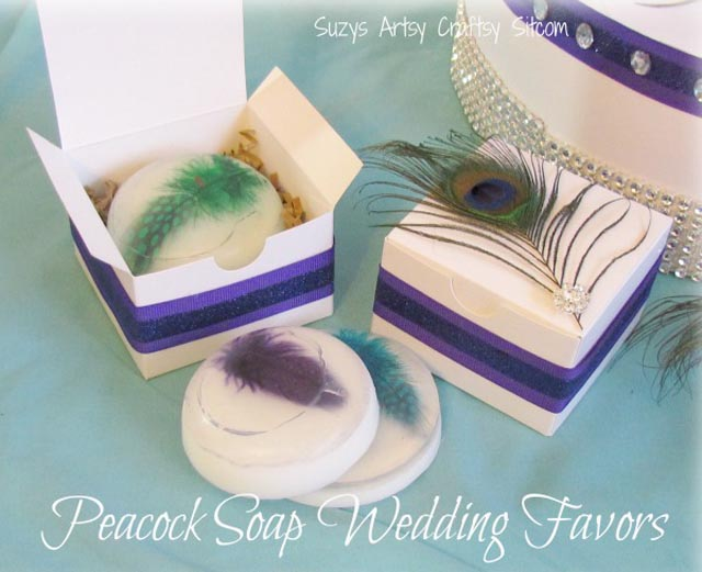 creative-wedding-favor-ideas-peacock-theme-soap-gift-box