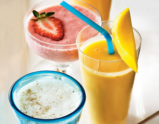 healthy-smoothie-recipe-peach-mango-smoothie