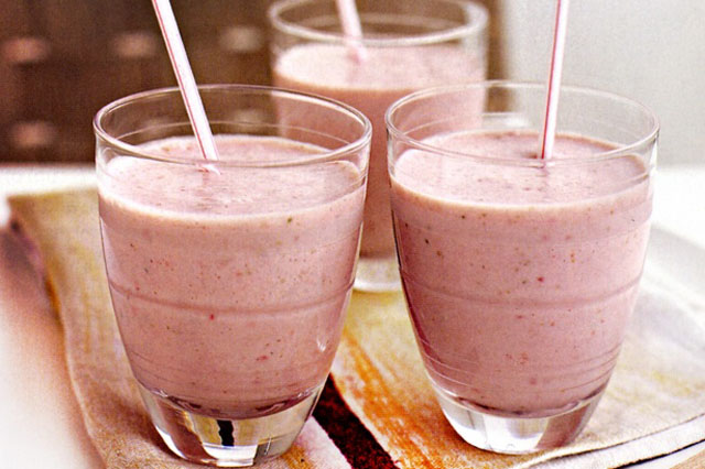 healthy-smoothie-recipe-strawberry-banana-smoothies