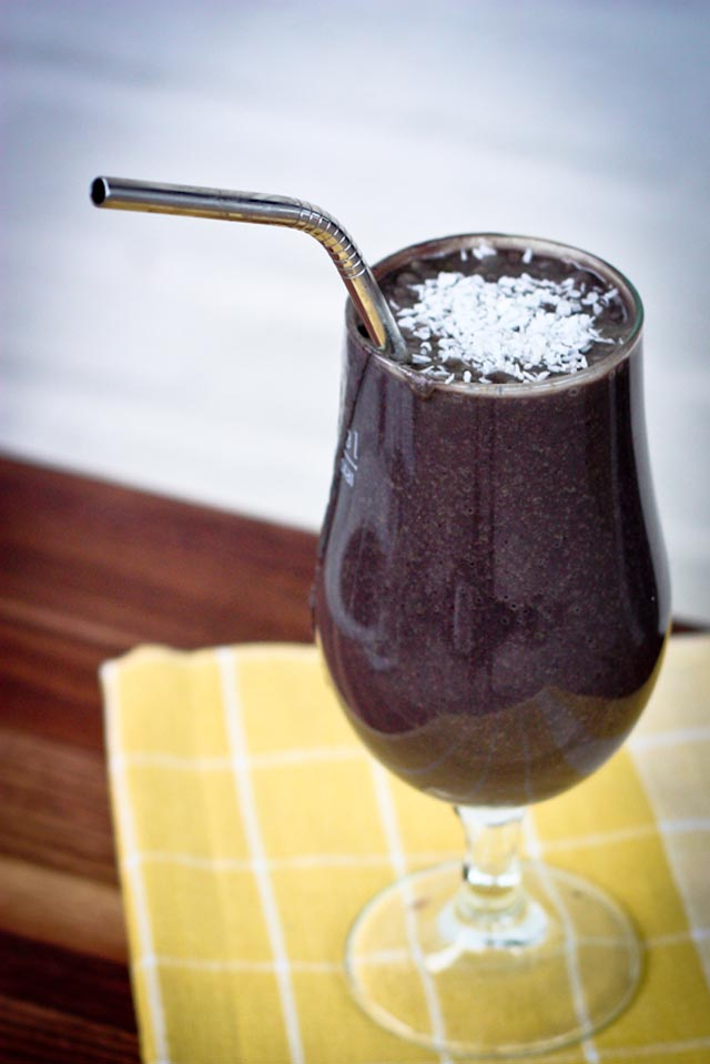 high-protein-smoothie-recipes-health-nut-blueberry-smoothie