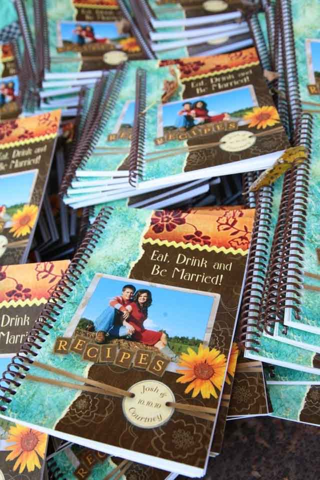 homemade-wedding-favor-recipe-books