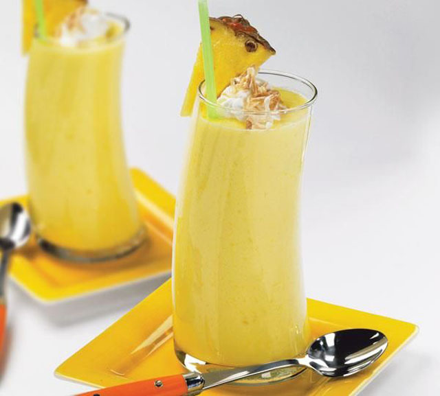protein-smoothie-recipes-for-weight-loss-orange-pineapple-and-banana-smoothie