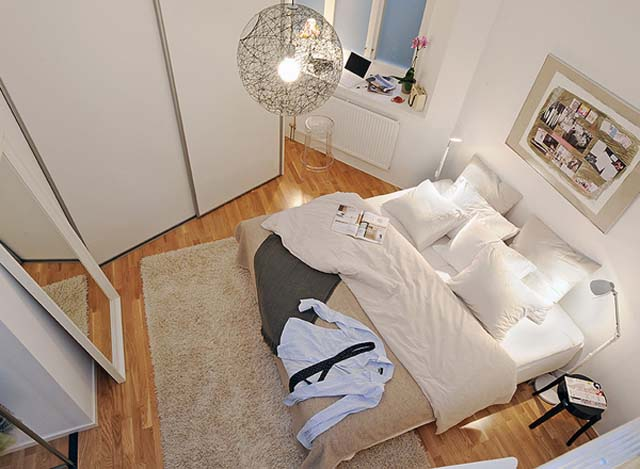 small-bedroom-decorating-ideas-using-spherical-lamp