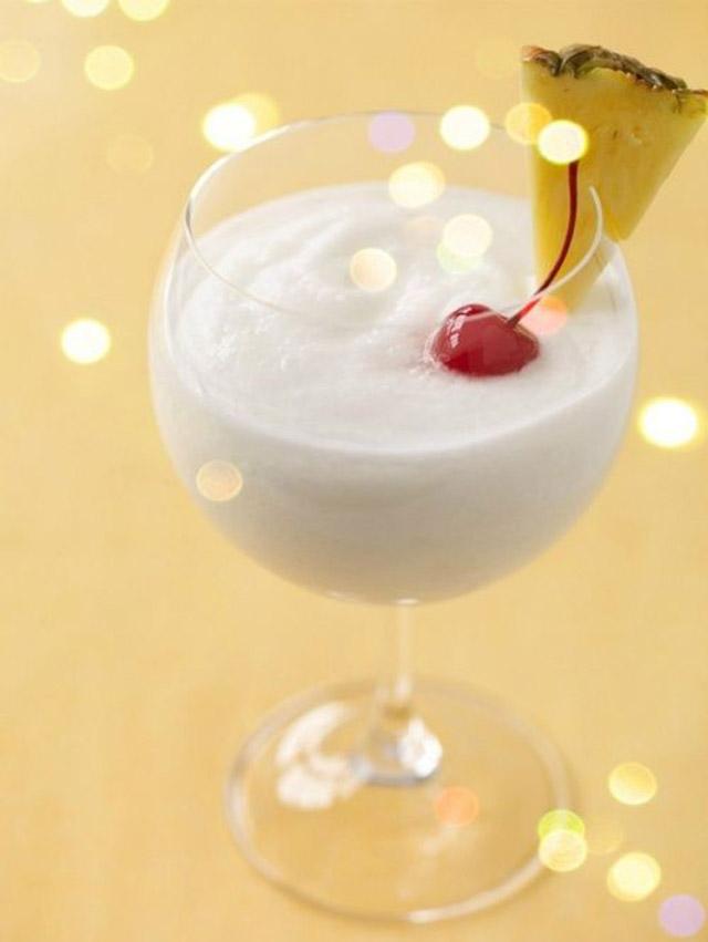 whey-protein-smoothie-recipes-pina-olada-protein-shake-recipe