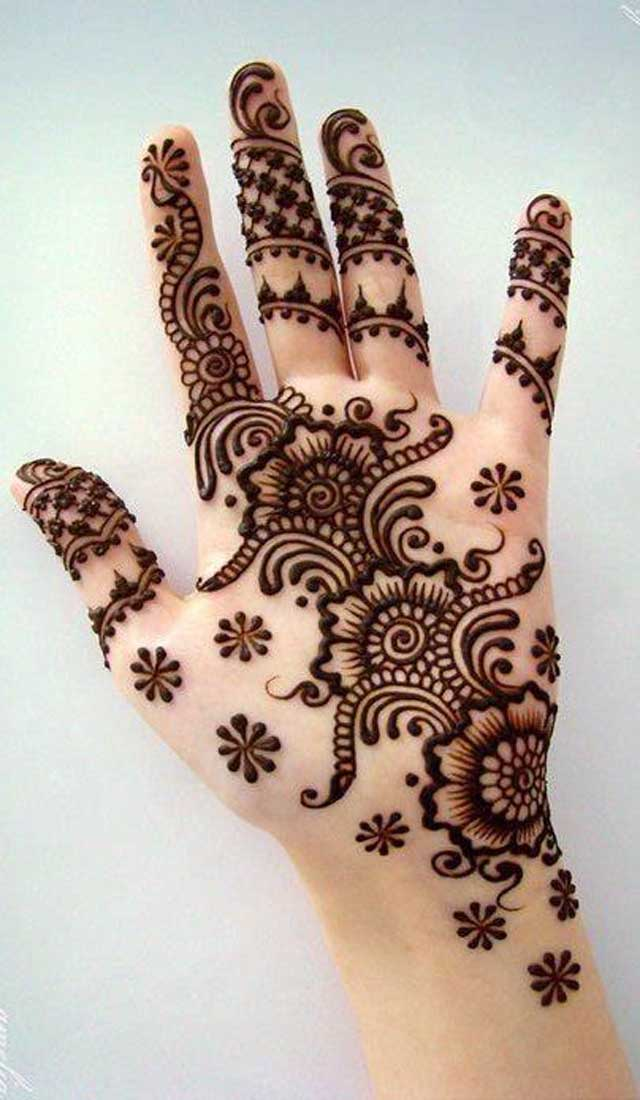 50 Beautiful Mehndi De...