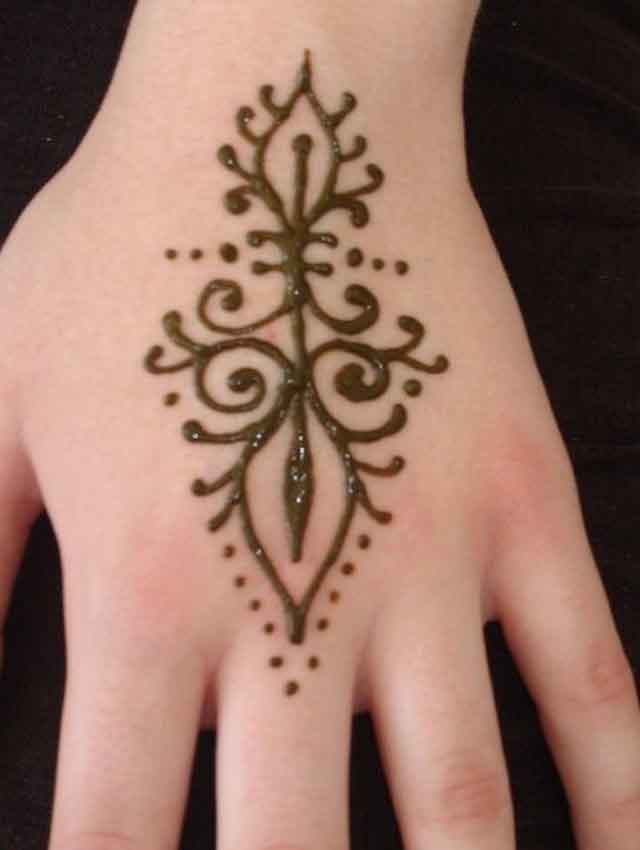 Simple Henna Tattoo Designs For Wrist: Tree Of Life Henna Tattoo On The Back.