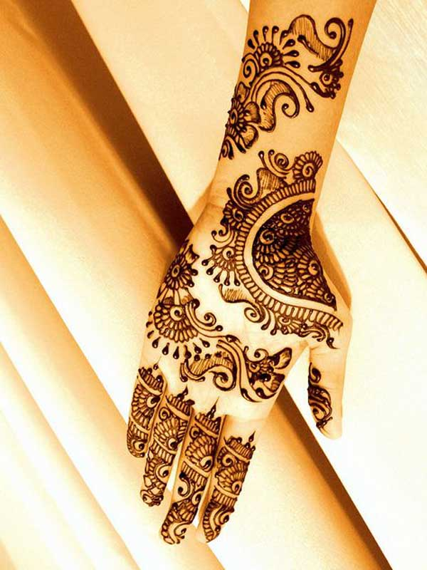 Intricate Mehndi Patterns : Beautiful mehndi designs and patterns to try random