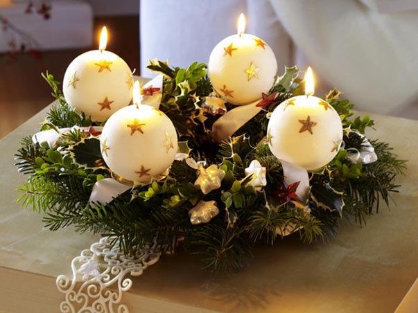 christmas-candle-in-ball-shapes