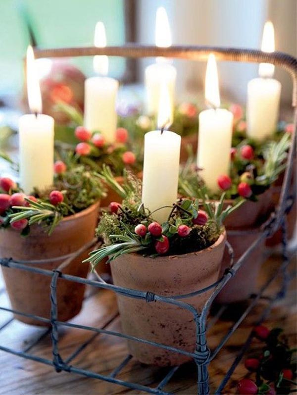 simple-christmas-candle-centerpiece