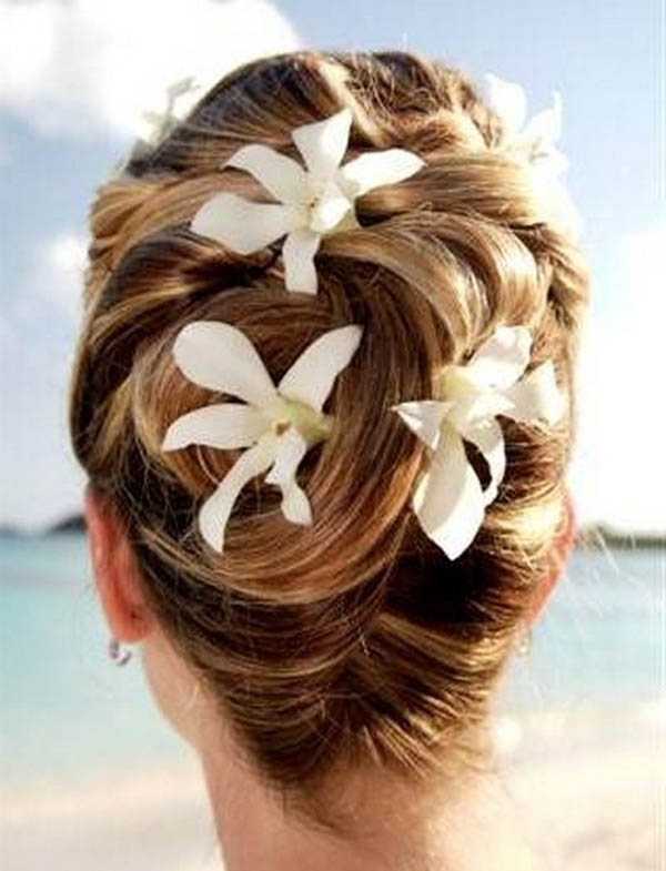 beach-wedding-hairstyles