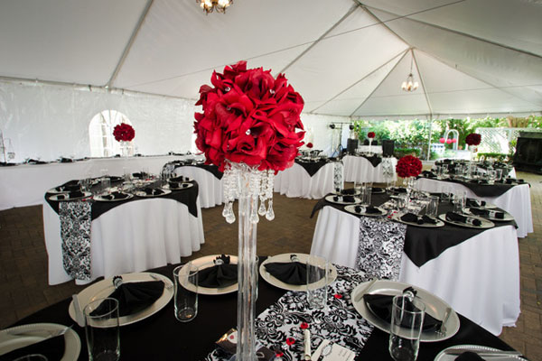 black-and-white-wedding-theme-ideas