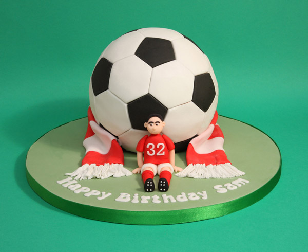 football-birthday-cakes