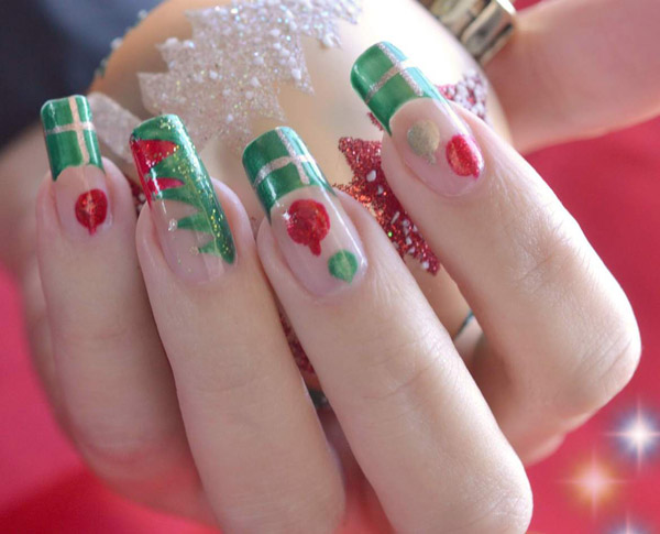 ideas-for-christmas-nail-art-design