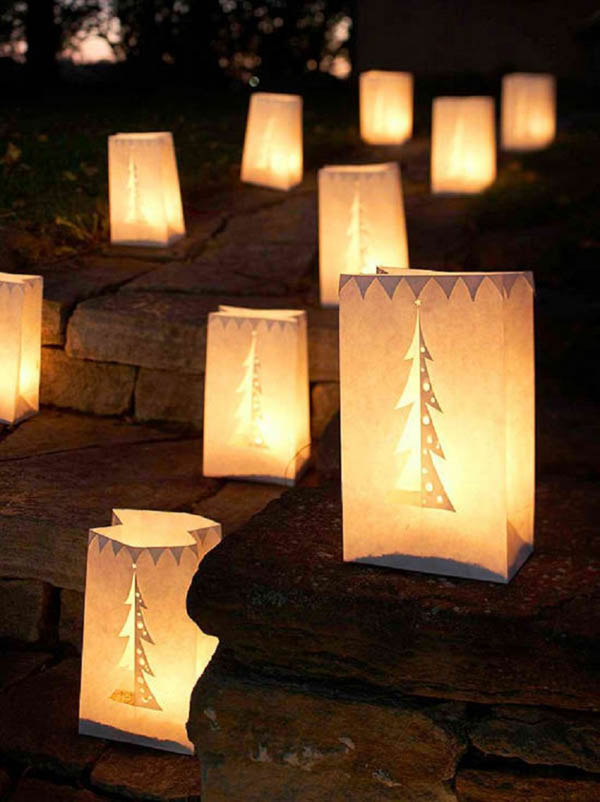 lighted-outdoor-christmas-decoration