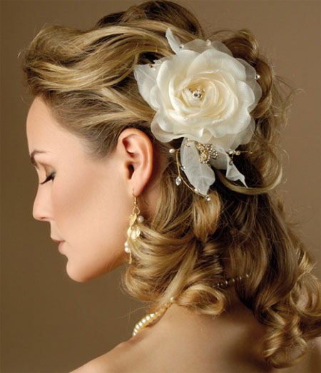 wedding-hairstyles-with-flower