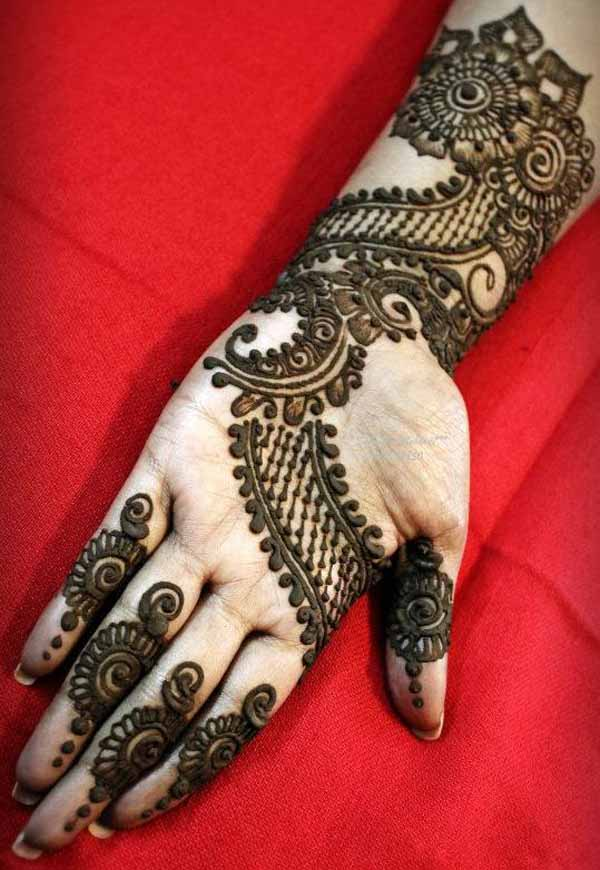 amazing-arabic-mehndi-design