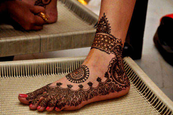 arabic-mehndi-design-for-feet-ideas