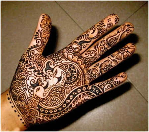 black-mehndi-designs-for-hands