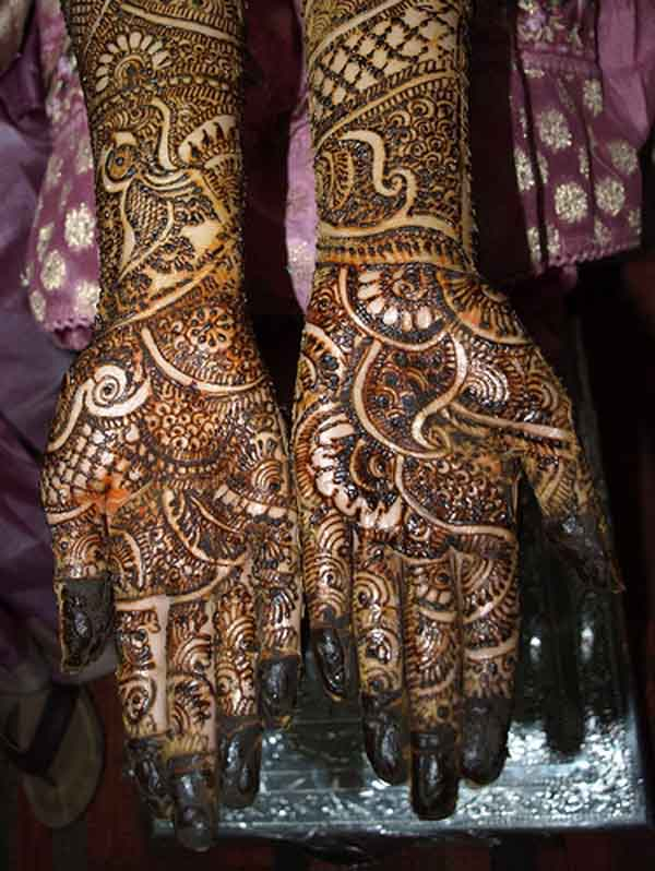 bridal-mehndi-designs-hands