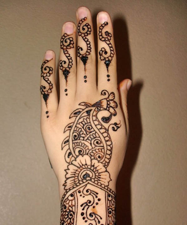 design-of-mehndi-for-kids-ideas