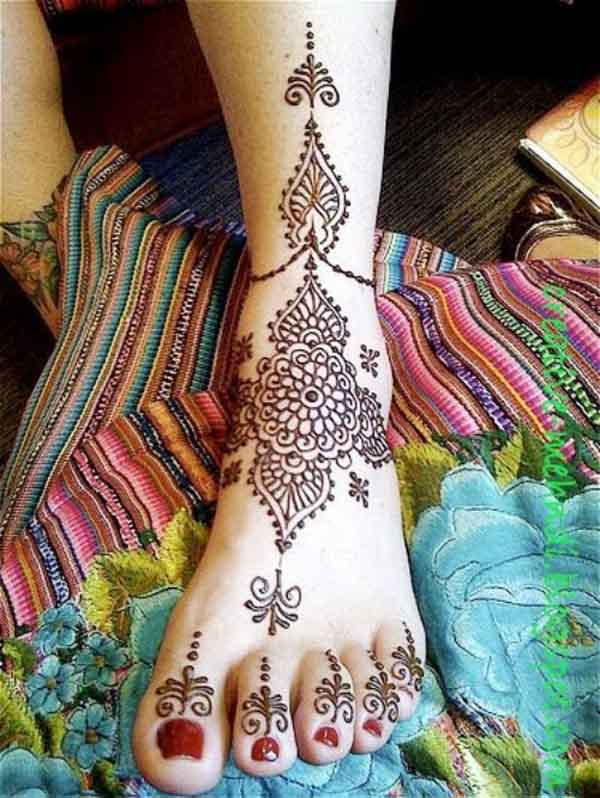 easy-mehndi-design-for-feet-ideas