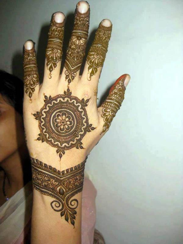 mehndi-design-arabic-style