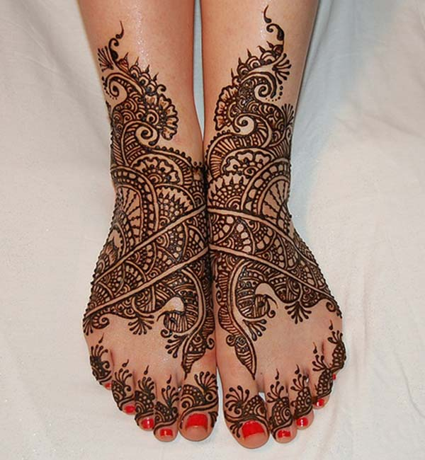 mehndi-design-for-feet-simple
