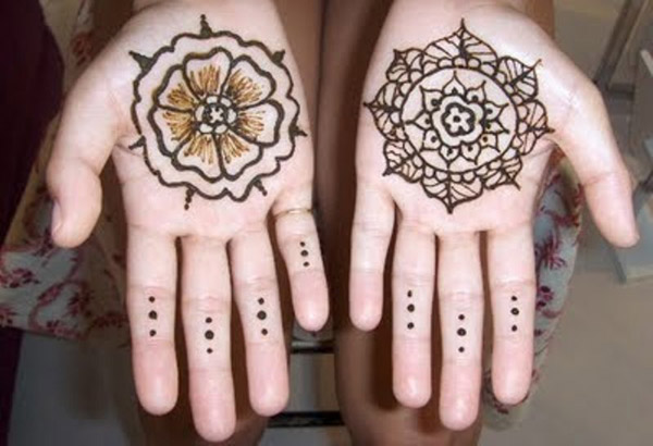 mehndi-design-for-kids-hands