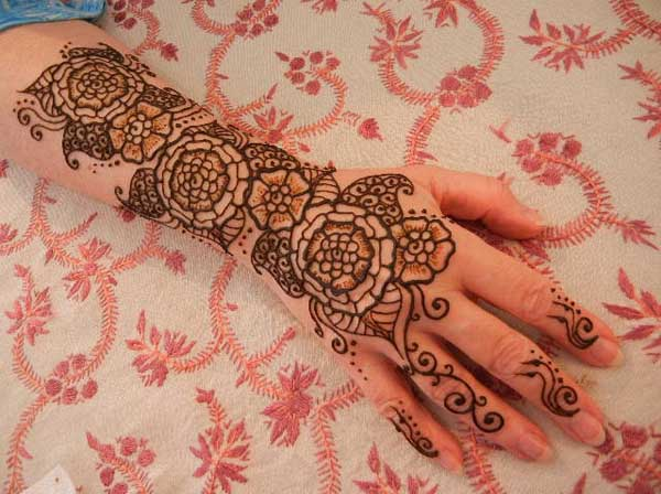 mehndi-designs-for-hands-pictures