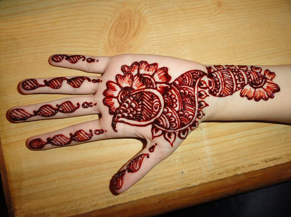 new-mehndi-designs-for-hands