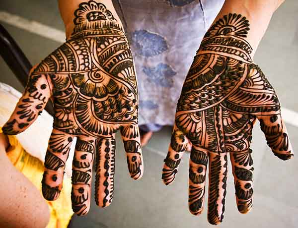 pakistani-henna-mehndi-design-1