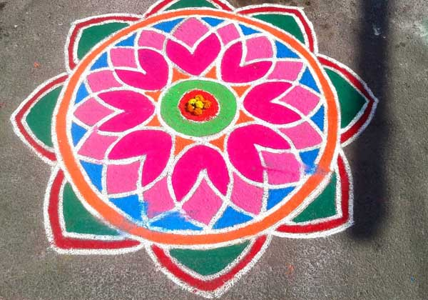 simple-rangoli-design-1