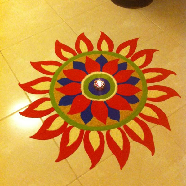 simple-rangoli-design-for-beginners