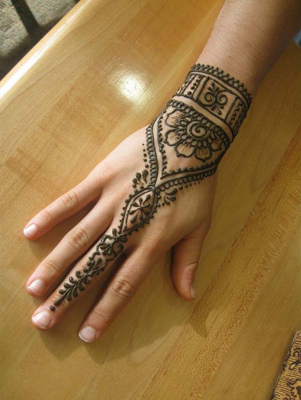 very-easy-mehndi-designs-for-kids