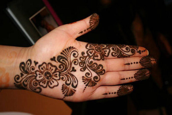very-simple-mehndi-design-for-beginners