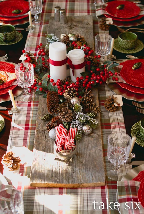 christmas centerpiece 35 - Rustic Christmas Centerpieces