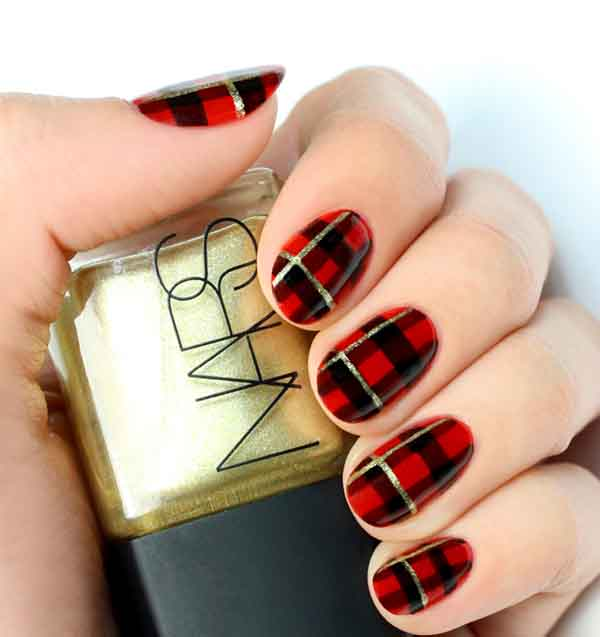 christmas-nail-art-designs-25