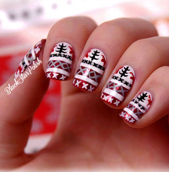 christmas-nail-art-designs-44